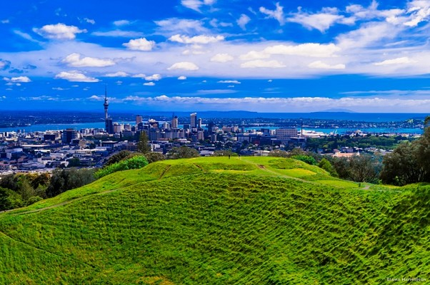 Auckland view from Mt Eden